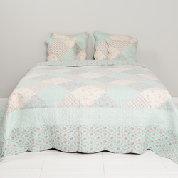 bedsprei-multi-colour---landelijk---230x260---clayre-and-eef[0].png